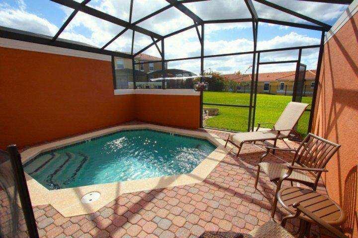 Relaxing screened in lanai - 3052 Encantada - Four Corners - rentals