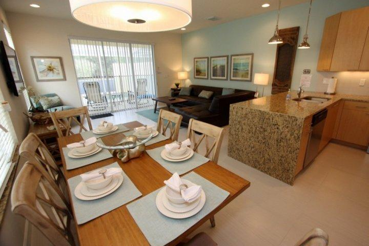 Beautiful, spacious, and functional downstairs living area - 17425 Dream - Clermont - rentals