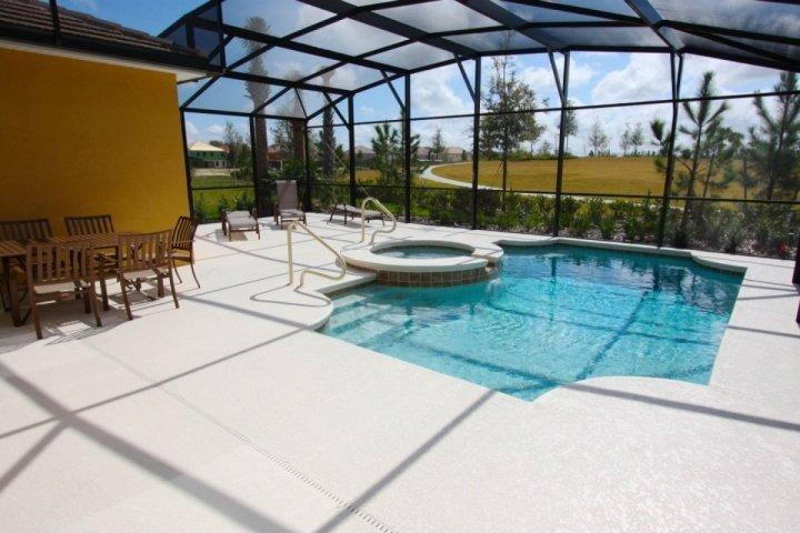 South facing, beautiful pool area with spa - 5145 Solterra - Davenport - rentals