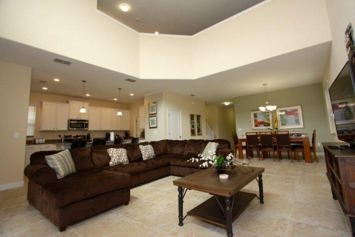 Spacious Living Area w/Flat Screen TV - 2914 Paradise Palms - Four Corners - rentals