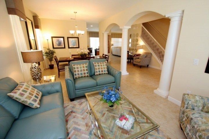 Comfortable dining and den area. - 1011 West Haven - Davenport - rentals