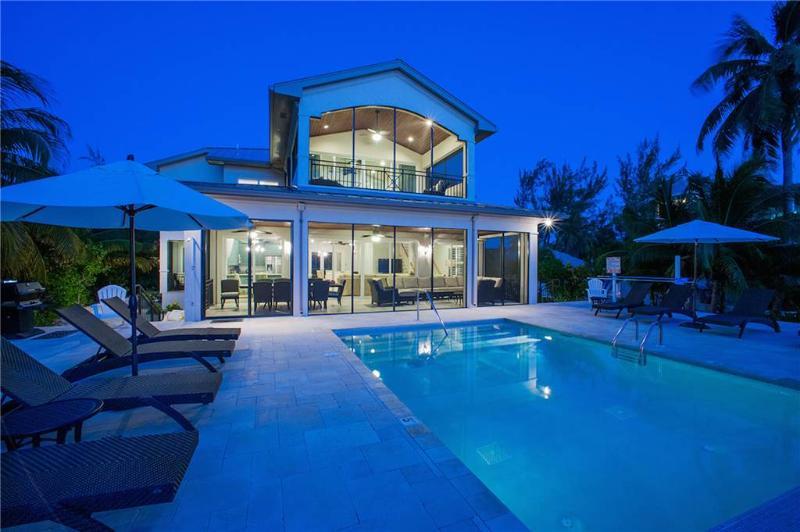 6BR-Moon Kai - Image 1 - Grand Cayman - rentals