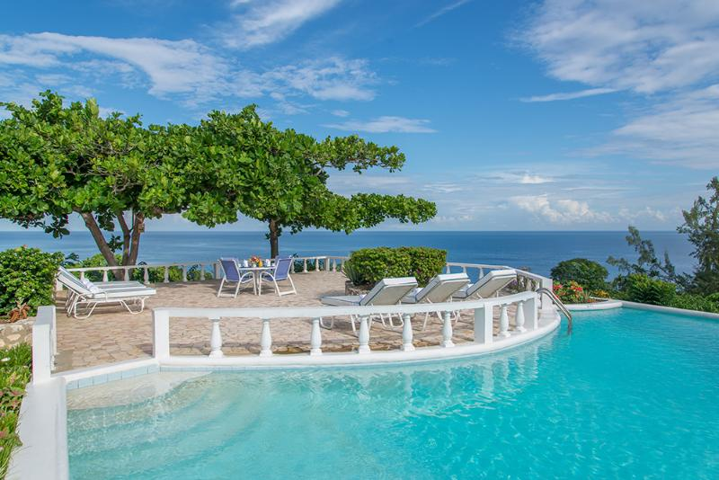 Cliffside Cottage - Ideal for Couples and Families, Beautiful Pool and Beach - Image 1 - Montego Bay - rentals