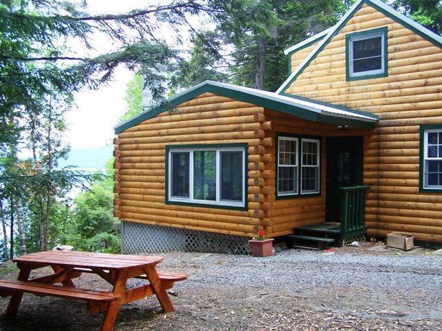 Exterior -Moosehead Lake Cabin - #126 Cabin overlooking beautiful Moosehead Lake - Greenville - rentals