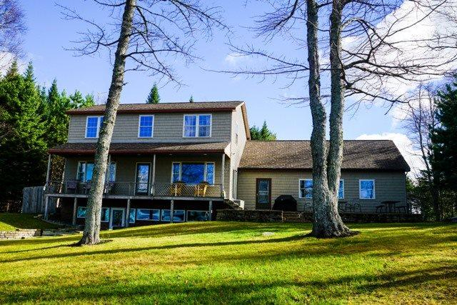Perfect Home in Beaver Cove - #147 Beaver Cove Beauty - Greenville - rentals