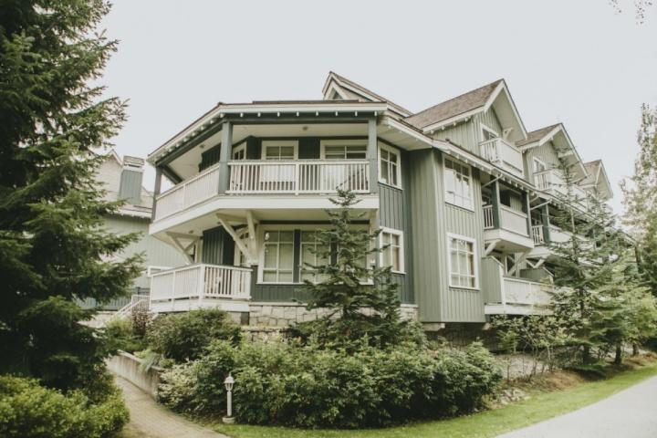 Granite Court Townhome - Lovely one Level 2 bed , 2 bath townhouse across from Village in Granite Court - Whistler - rentals
