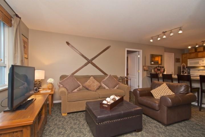 Comfortable Living room - Bear Lodge Super Location,Unit # 301 - Whistler - rentals