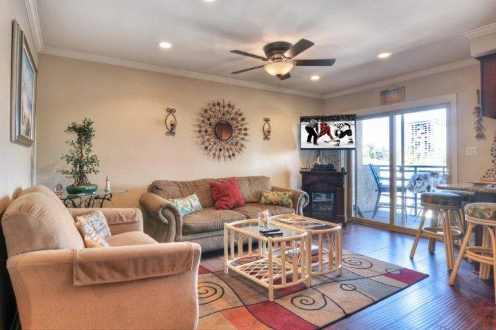 Living room with patio view - Marina Del Mar 314B- Harbor View - Oceanside - rentals