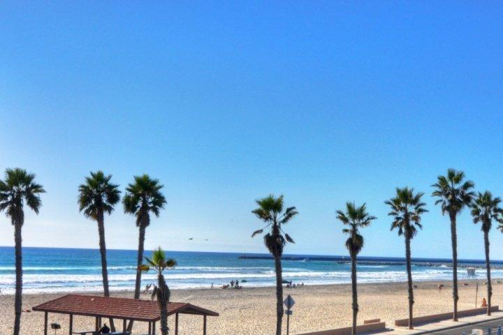 Flat sandy beaches - Surf & Sand View On Patio - MDM 315A - Oceanside - rentals