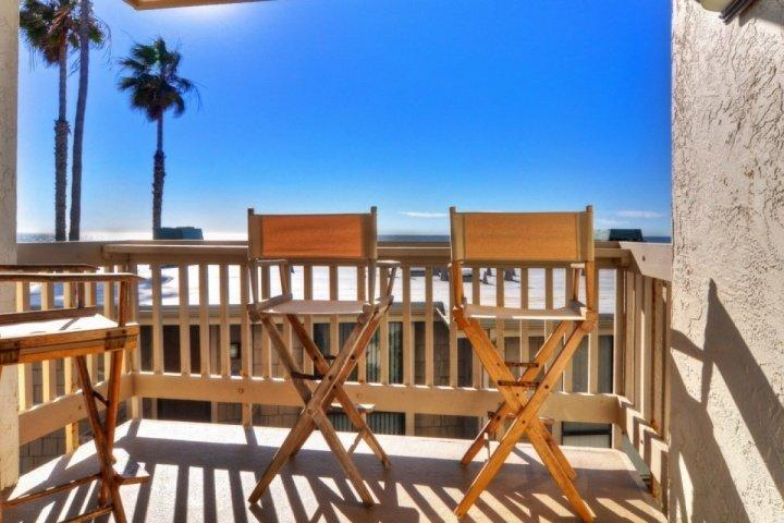 Ocean Views and Steps to the Sand! - Image 1 - Oceanside - rentals