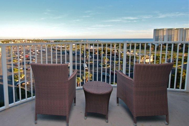SPRING BREAK SPECIAL RATES! GORGEOUS views of Henderson Beach from this 7th - Image 1 - Destin - rentals
