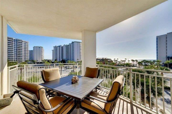View from the Balcony - BEAUTIFUL GULF VIEWS FROM THIS LUXURY 3 BEDROOM THAT SLEEPS 11! SPECIAL FALL DISCOUNT 15% OFF!!! - Destin - rentals