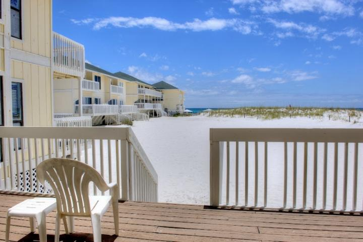 Book 3 nights/4thnight FREE! Book 5 nights/6thand7th night FREE! Call to book! Exp. 2/29/2016 - Image 1 - Destin - rentals