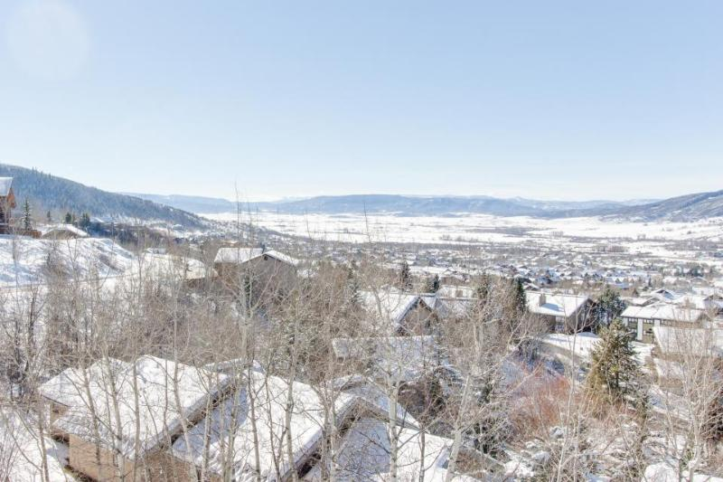 Contemporary condo w/expansive Yampa Valley views, shared hot tub, private patio - Image 1 - Steamboat Springs - rentals