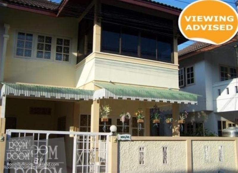 Townhouses for rent in Hua Hin: T0009 - Image 1 - Hua Hin - rentals