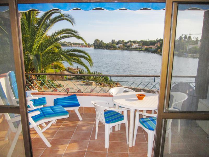 Lakeside Village - Estrela Dourada - Image 1 - Portugal - rentals