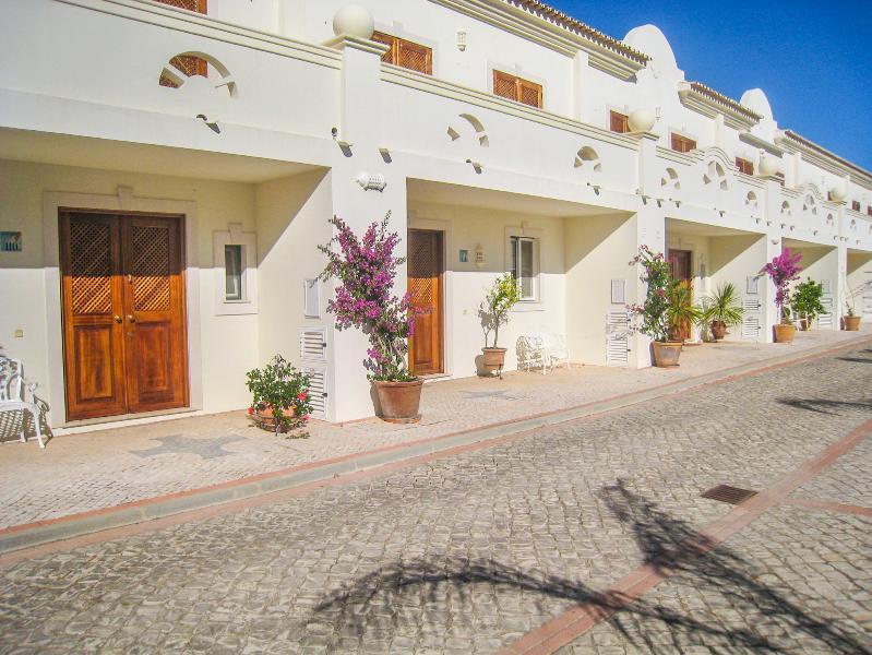 Pinheiros Altos - Bela Paz - Image 1 - Portugal - rentals