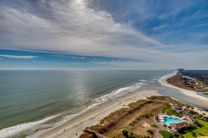 Oceanfront North Beach Plantation Luxury Penthouse 5BR 5BA Condo. 2.5 Acres of Pools. Sleeps 14 PH03 - Image 1 - North Myrtle Beach - rentals
