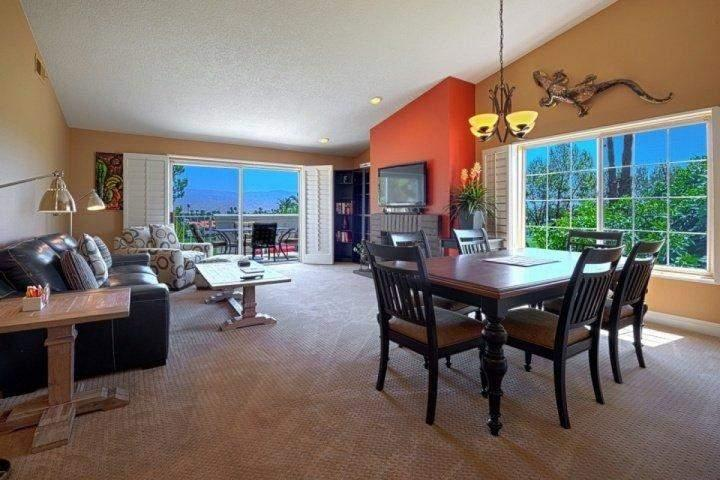 High ceilings and open living plan for great entertaining - Bright and Breezy with Panoramic Mountain Views - Free Tennis & Fitness Desert Falls Country Club - Palm Desert - rentals