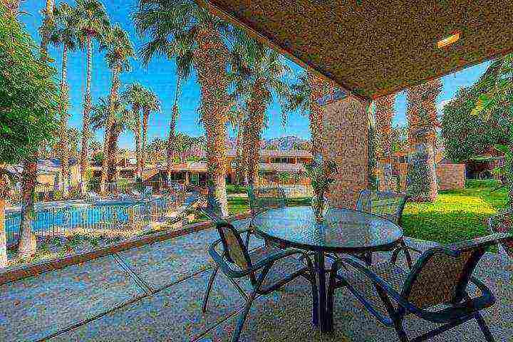 Picturesque outdoor living - January Discounts! Beautiful 3 BR/3 BA Villa Ironwood CC -- East Facing Patio - Palm Desert - rentals