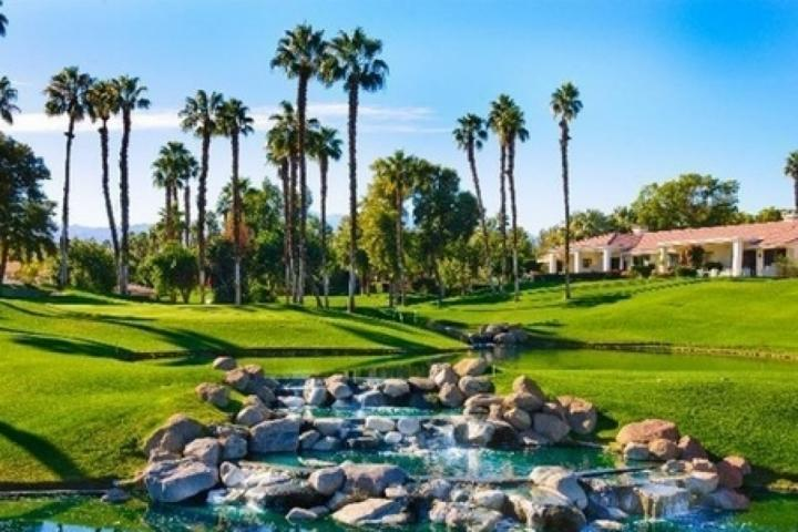 Beautiful Palm Valley Country Club - STAGECOACH PROMO 20% OFF! Fairway & Mtn views! Newly remodeled in Palm Valley - Palm Desert - rentals