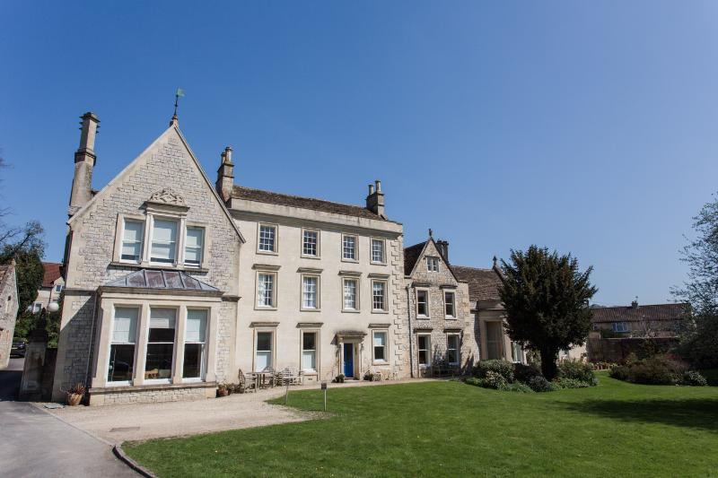 Apartment in Weston Lodge - Weston Lodge - a stylish luxury holiday apartment - Bath - rentals
