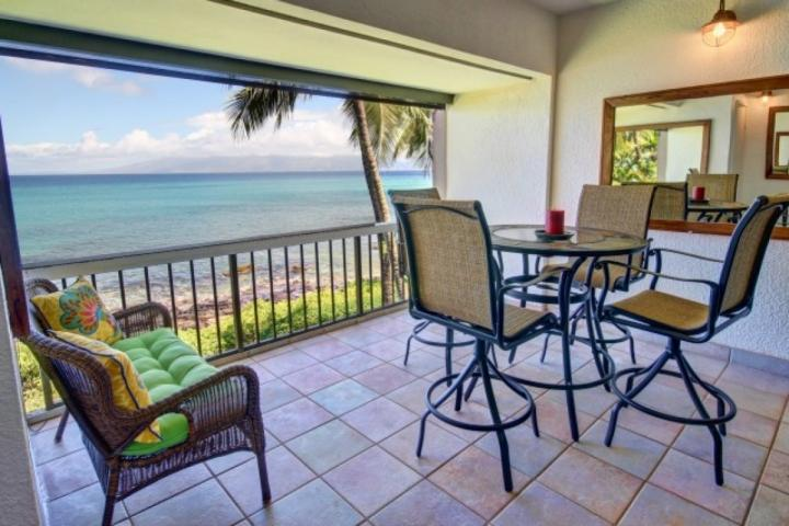 Large Lanai  - a great place to enjoy views of the Pacfic and neighbor islands. - Mahinahina Beach Oceanfront One Bedroom - Lahaina - Lahaina - rentals