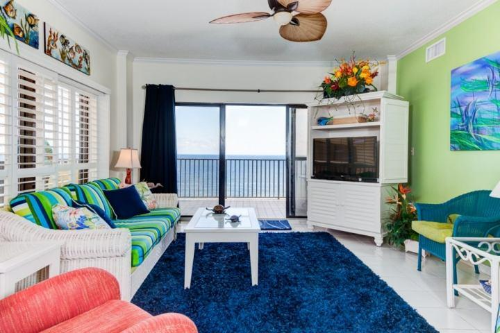 Living Area - The Palms 911 - Orange Beach - rentals