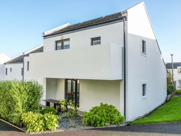 VILLA 16, in gated development, en-suite, balcony, on-site facilities, in Youghal, Ref 930866 - Image 1 - Youghal - rentals