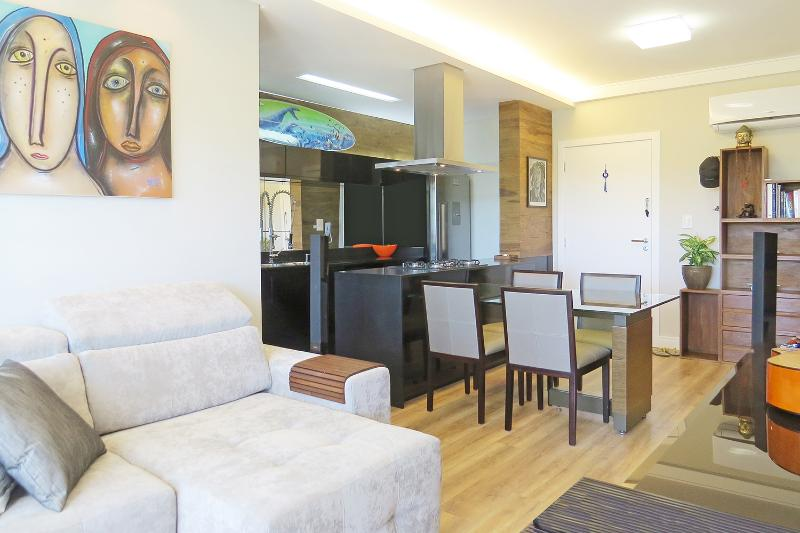 Funky 2 Bedroom Apartment Nestled in Lagoa - Image 1 - Florianopolis - rentals