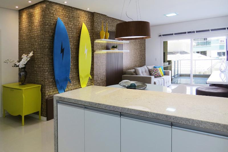 Ideal 2 Bedroom Apartment Nestled in Lagoa - Image 1 - Florianopolis - rentals