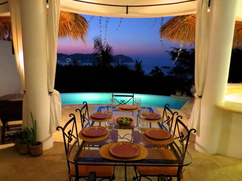 Sunset Afterglow Dining Poolside - 23ft HEATED* INFINITY POOL-Stunning OCEAN VIEWS - Sayulita - rentals
