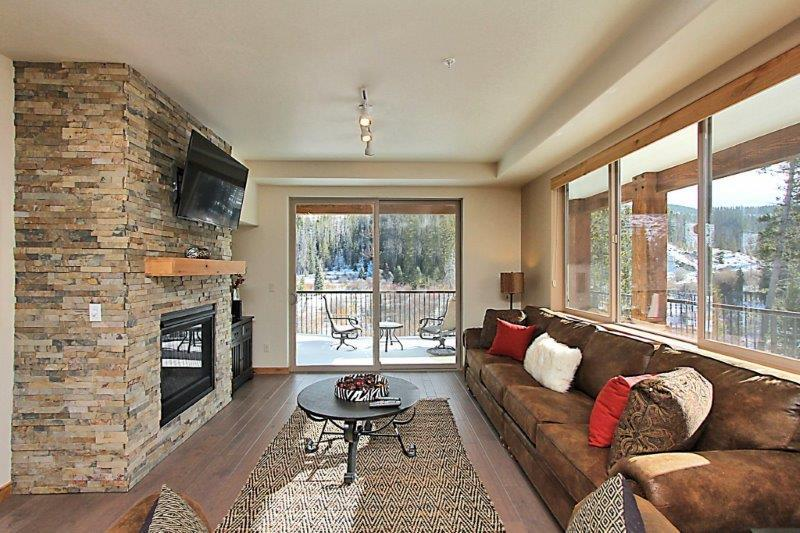 Ultra chic three bedroom Trailhead home - Trailhead Lodges 323 - Winter Park - rentals