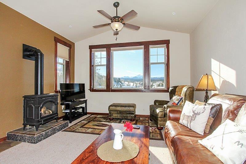 Modern mountain condo with AMAZING views - Cozens Pointe C202 - Fraser - rentals