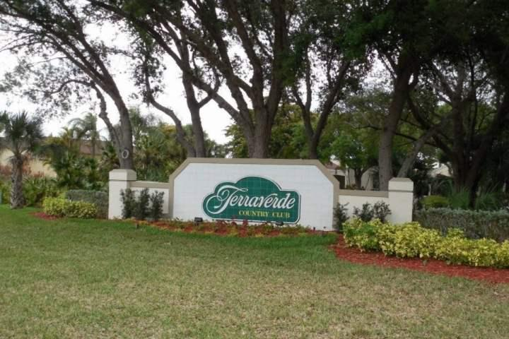 Front entrance - Terraverde Country Club - Fort Myers - rentals