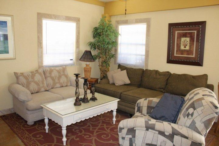 Living Room - The Tarpon Beach Bungalow - Fort Myers Beach - rentals