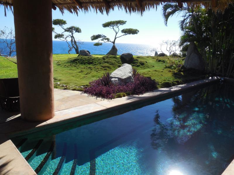 Villa Paita - Clifftop 5-star Oceanfront Villa - Image 1 - Huatulco - rentals