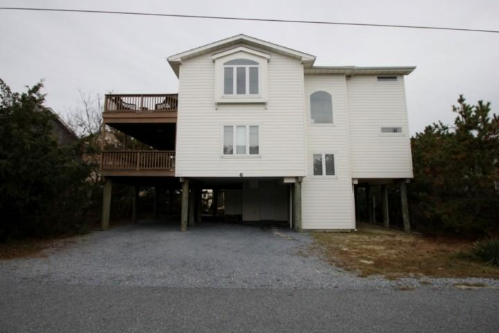 Front - Ocean Block, Spacious and Beautifully Appointed with 3 Decks Sleeping Up to 12 - Bethany Beach - rentals