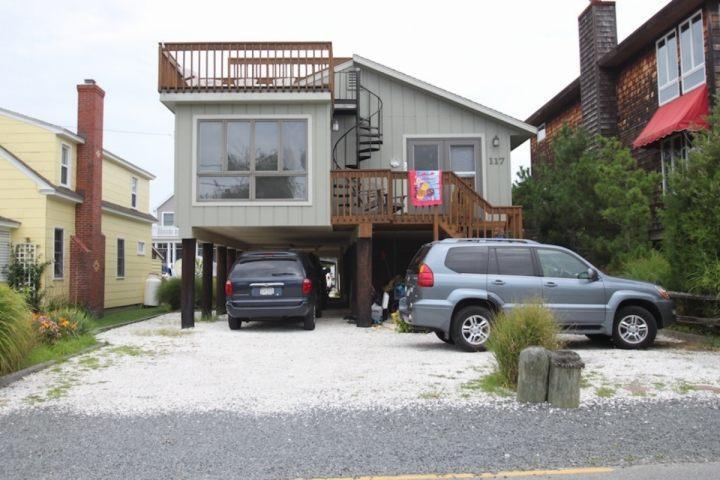 4th St Bethany Beach - 117 Fourth St. Bethany Beach, One Block to the Beach Pet Friendly - Bethany Beach - rentals