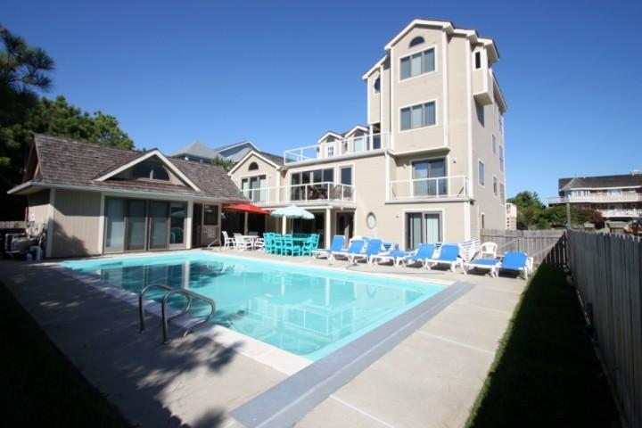 Across the Street from the Ocean with Elevator Sleeping 16+ - Rare 8 BR Home Sleeps 16 w/Heated Pool,1 House to Ocean. - Bethany Beach - rentals