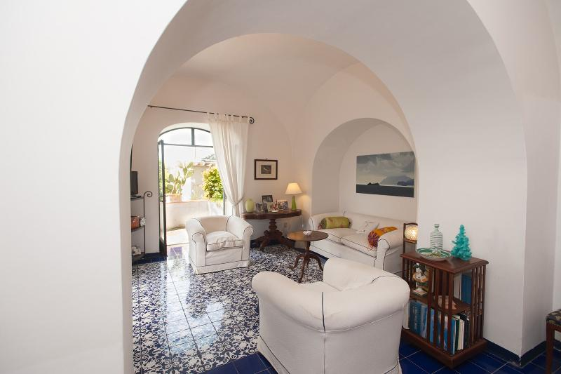 Casa Giardino, garden, terrace and sea view - Image 1 - Positano - rentals
