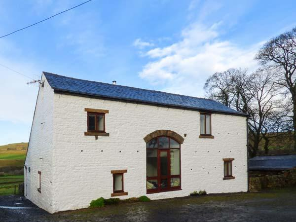WELLHOPE VIEW COTTAGE, woodburner, open plan living, valley views, pet-friendly cottage near Alston, Ref. 919127 - Image 1 - Alston - rentals