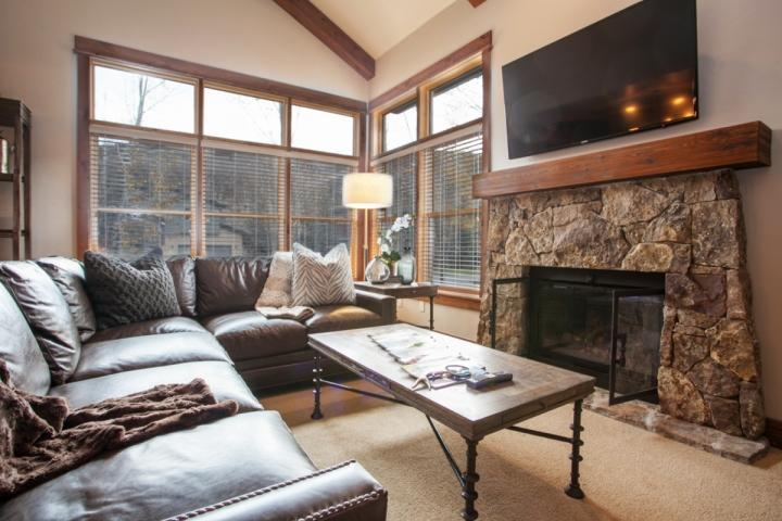 View of living room features gas fire place, flat screen TV and plenty of comfortable seating. - Edwards Duplex, Close Bus Stop to Beaver Creek or Vail, Near Walking Path to - Edwards - rentals