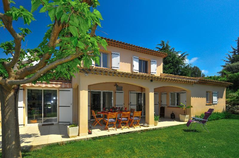 Villa de Galets - Image 1 - Juan-les-Pins - rentals