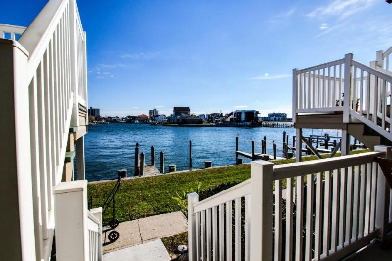 Beautiful bay views & shared pool - close to public tennis! - Image 1 - Ocean City - rentals
