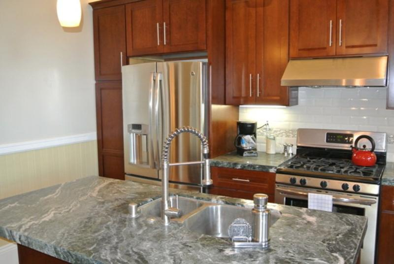CHARMINGLY CLASSY AND SPACIOUS FURNISHED 2 BEDROOM 1.5 BATH APARTMENT - Image 1 - San Francisco - rentals