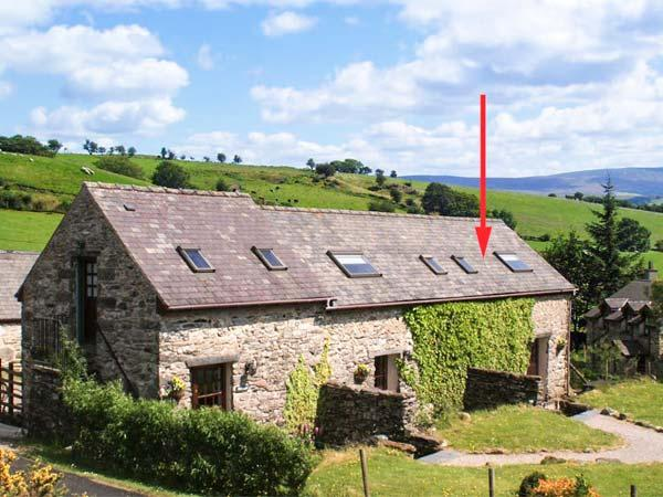 ARFRON, pet friendly, character holiday cottage, with a garden in Betws-Y-Coed, Ref 1519 - Image 1 - Betws-y-Coed - rentals
