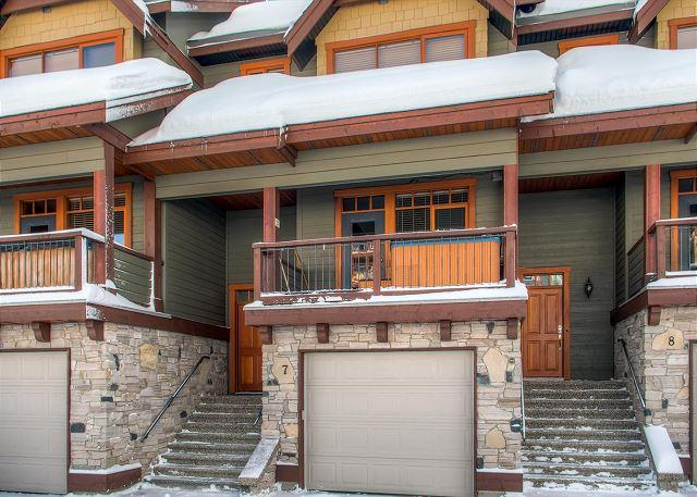 Garage Blacksmiths 7 - Blacksmith 7 Lower Village Location Sleeps 9 - Big White - rentals