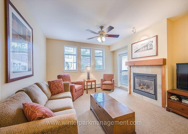 Beautiful, modern 2 bedroom condo at the base (sleeps 8)! POOL sized HOT TUB! - Image 1 - Winter Park - rentals