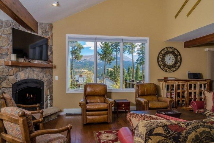 What an Escape - Look no Further than Fox Run! - Fox Run-Stunning Peak 8 Ski-In Ski-out Home, Views Will Take Your Breath Away! - Breckenridge - rentals